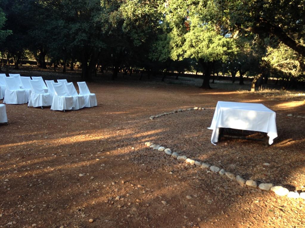 La ceremonia se realizó en el bosque.